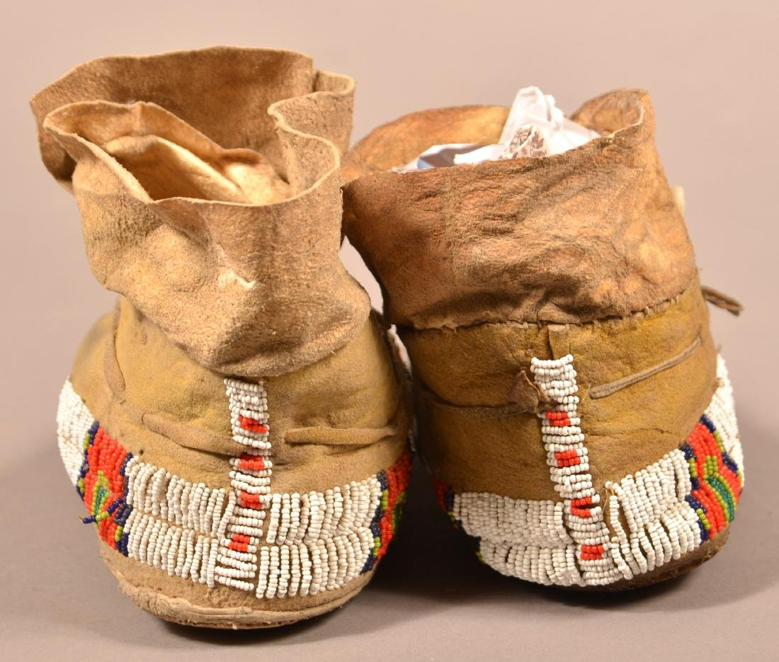 Vintage Pair of Plains Indian Beaded Moccasins - 5