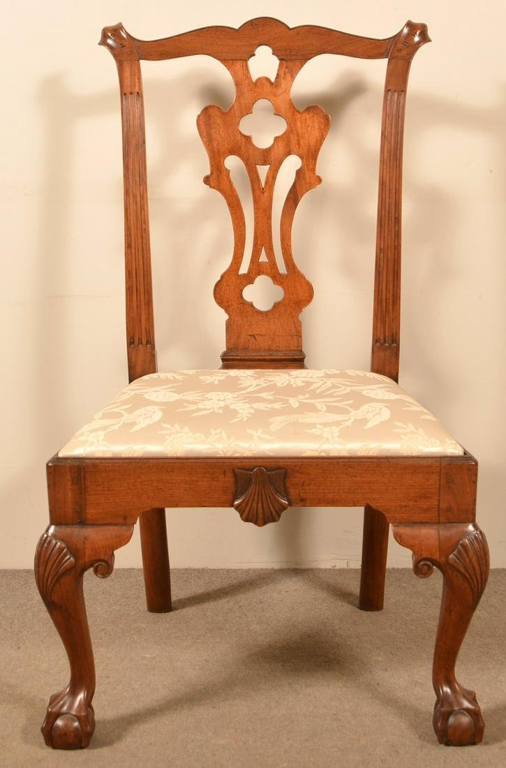 Fine Philadelphia Chippendale Walnut Side Chair.