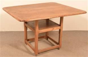 Pennsylvania Mixed Wood Hutch Table.