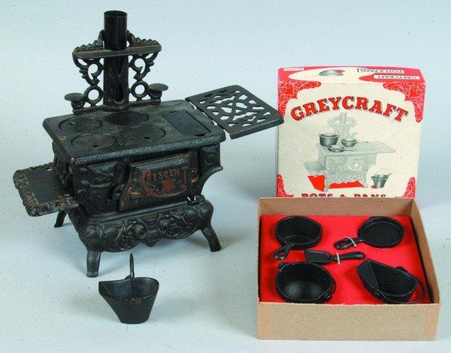 16: Grey Iron Graycraft Crescent Model Cast Iron Toy Co