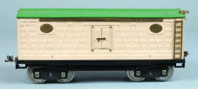 10: Lionel Standard Gauge #214R Refrigerator Car, resto