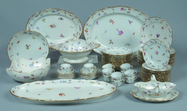 161: Meissen Dinnerware Set, 67 pieces, scalloped edge,