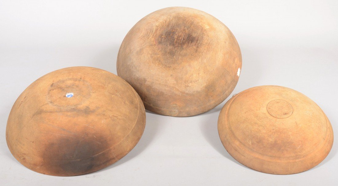 28: Three Turned Wooden Mixing Bowls. All with rim shou - 3