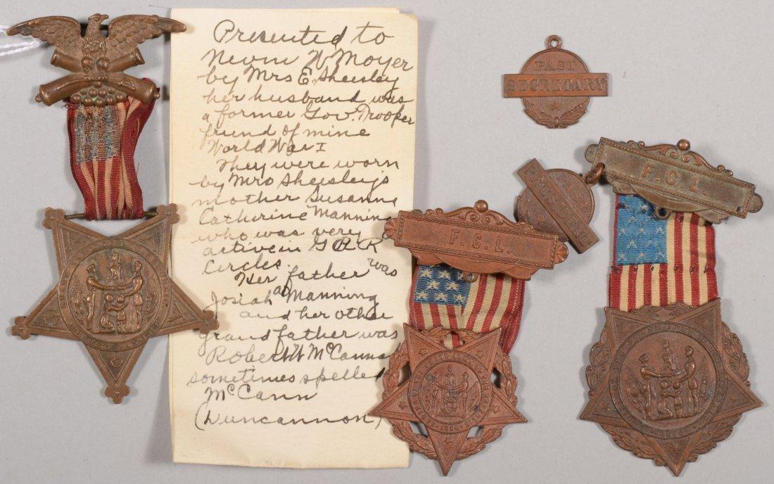 18: GAR badge grouping with a hand written provenance.