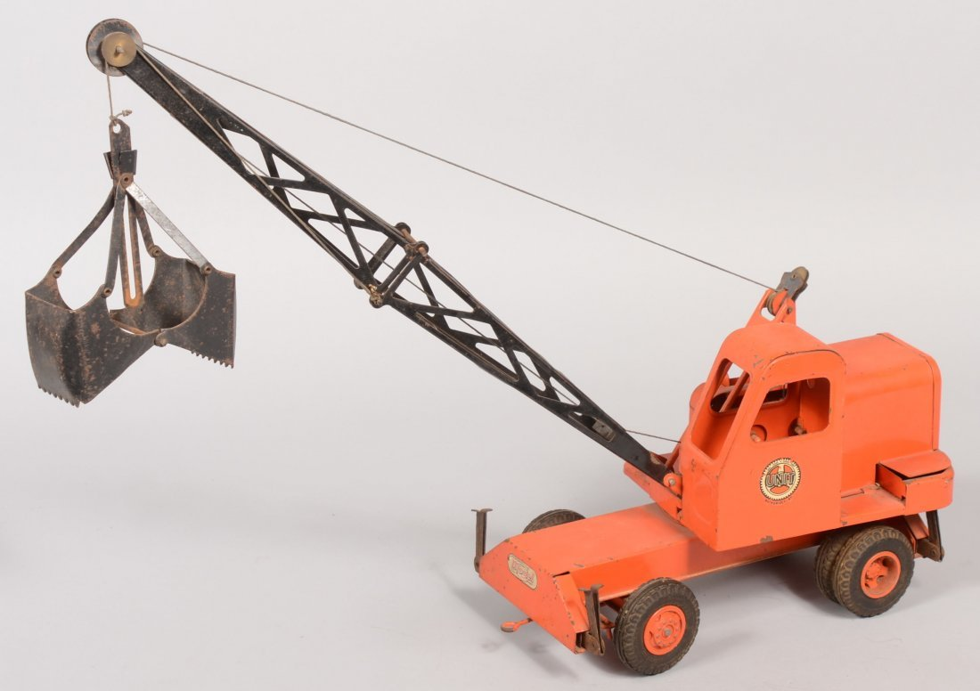 250: Model Toys UNIT Crane and Shovel by C.W. Doepke Co