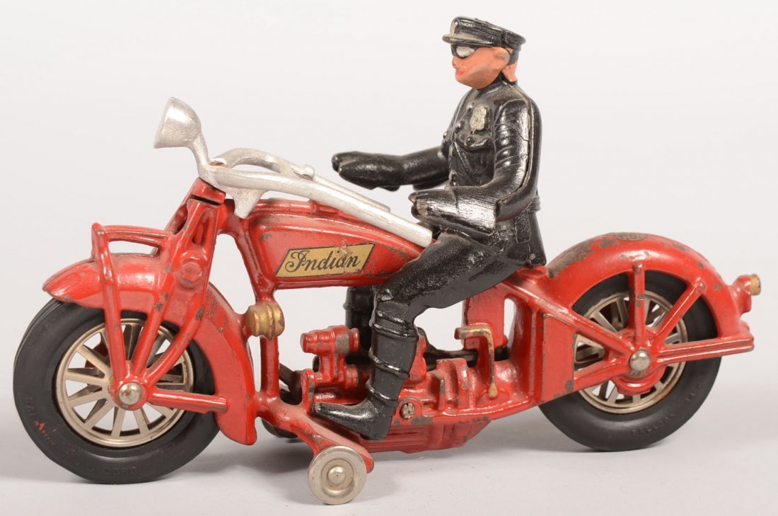 354: Hubley Indian Motorcycle with Policeman Driver. Re