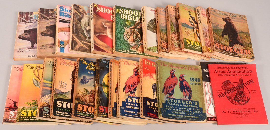 Lot of (22) vintage Stoegers catalogs No. 32 (1940) to