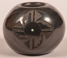 Small San Ildefonso Pueblo Blackware Pot.