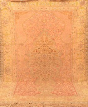 Oriental Woven Floral Pattern Tapestry/carpet.