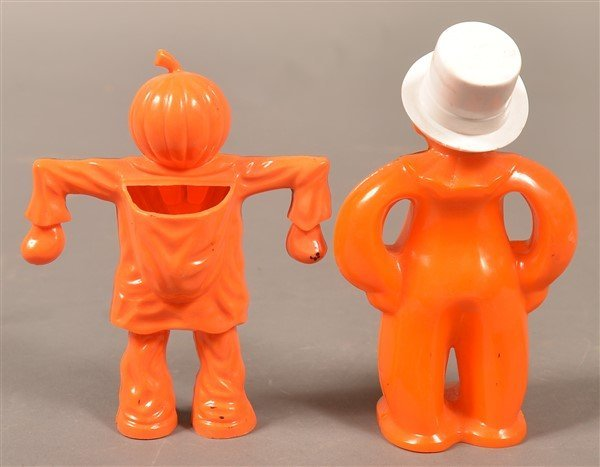 Group of Plastic Halloween Items. - 3