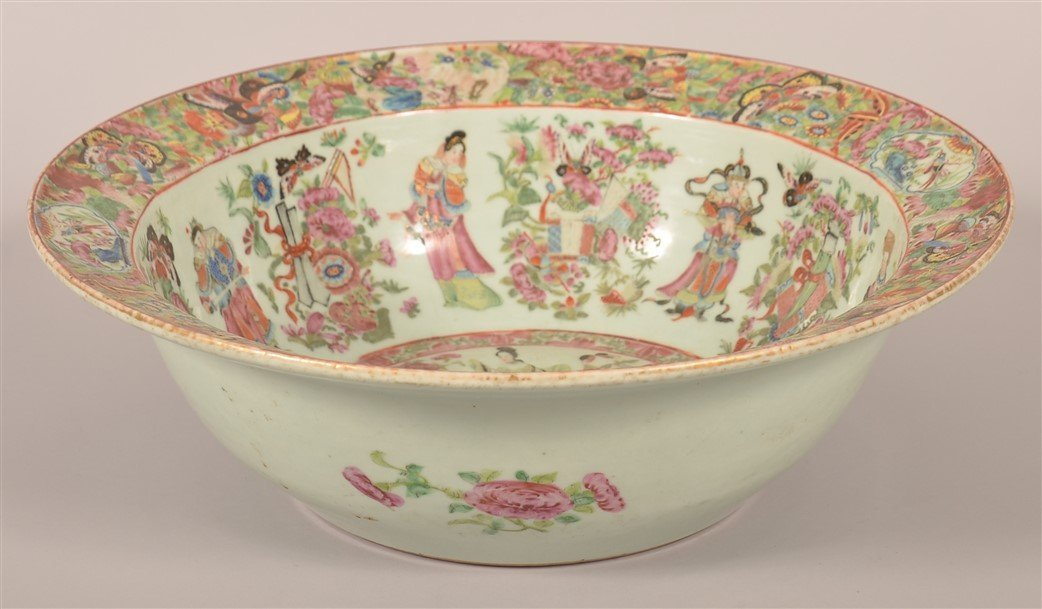 Chinese Export Porcelain Famille Rose Bowl. - 2