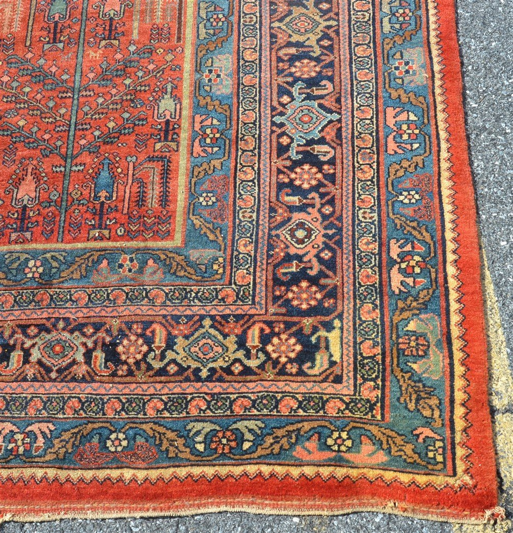 Antique Floral Pattern Room Size Oriental Rug. - 4