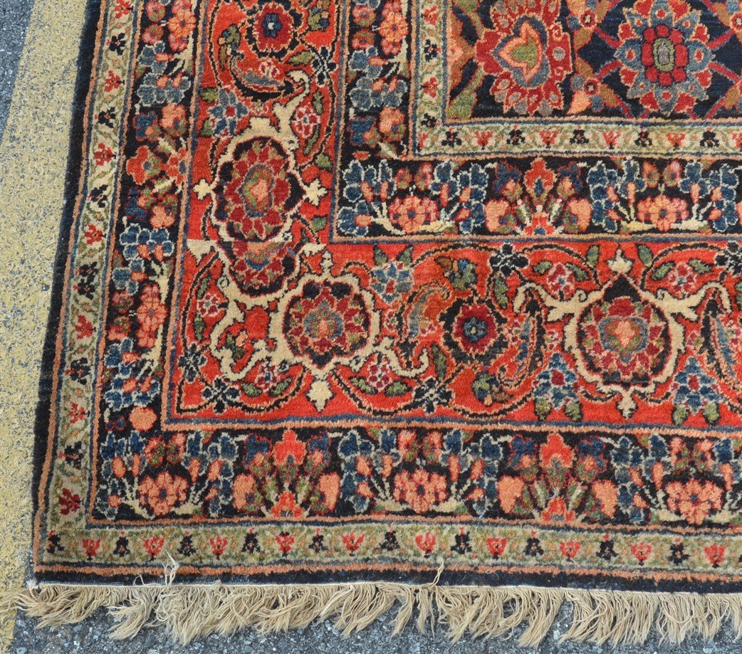 Antique Floral Pattern Room Size Oriental Rug. - 3