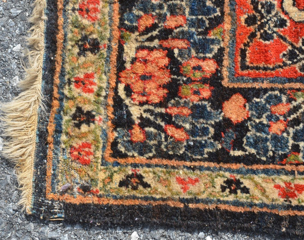 Antique Floral Pattern Room Size Oriental Rug. - 5