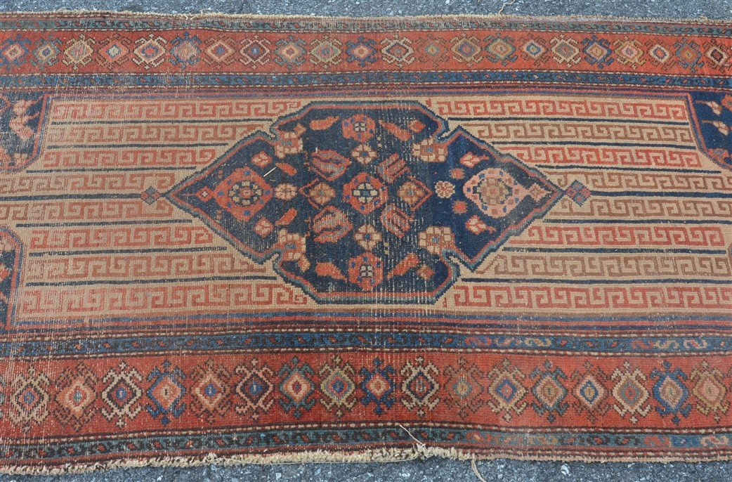 Antique Center Medallion Oriental Area Rug. - 4