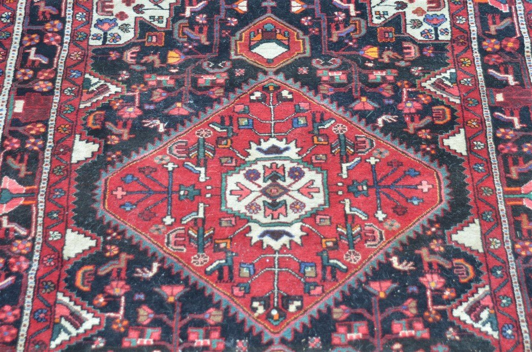 Vintage Geometric Center Medallion Oriental Area Rug. - 2