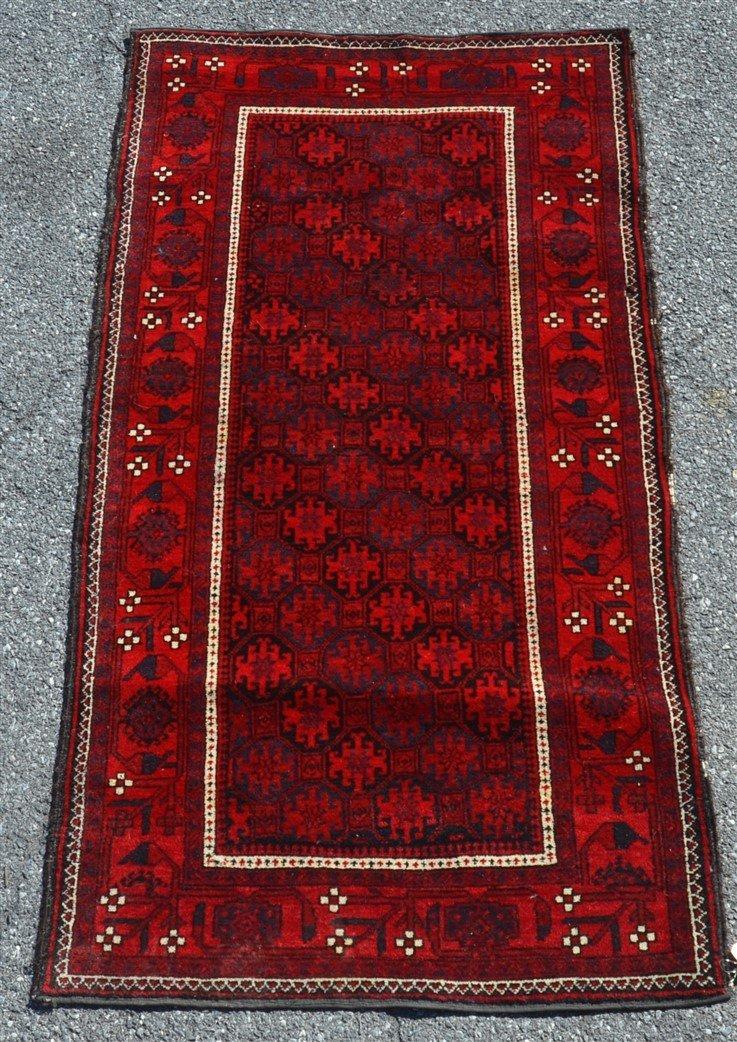 Vintage Geometric Pattern Oriental Area Rug.