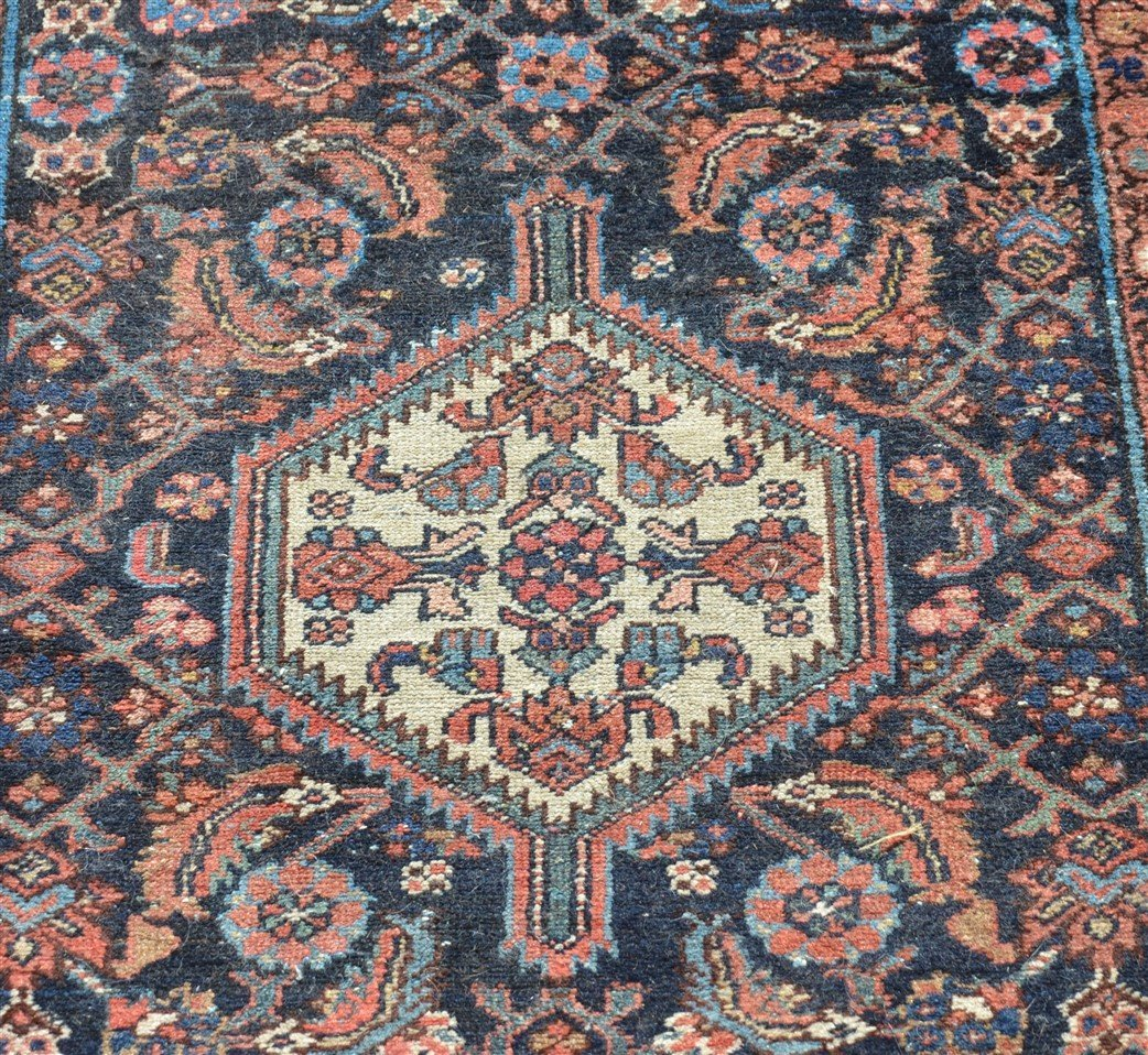Antique Center Medallion Oriental Area Rug. - 2