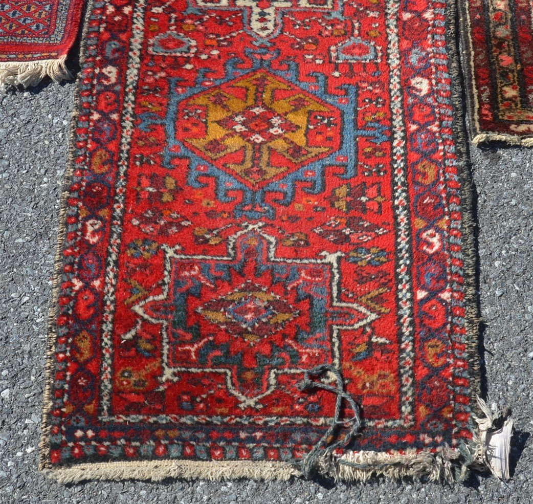 3 Modern/Vintage Medallion Pattern Oriental Area Rugs. - 2