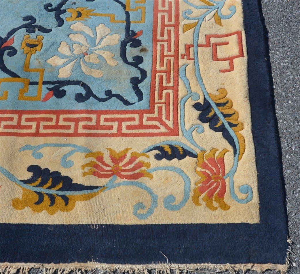 Vintage Chinese Pattern Oriental Room Size Rug. - 3
