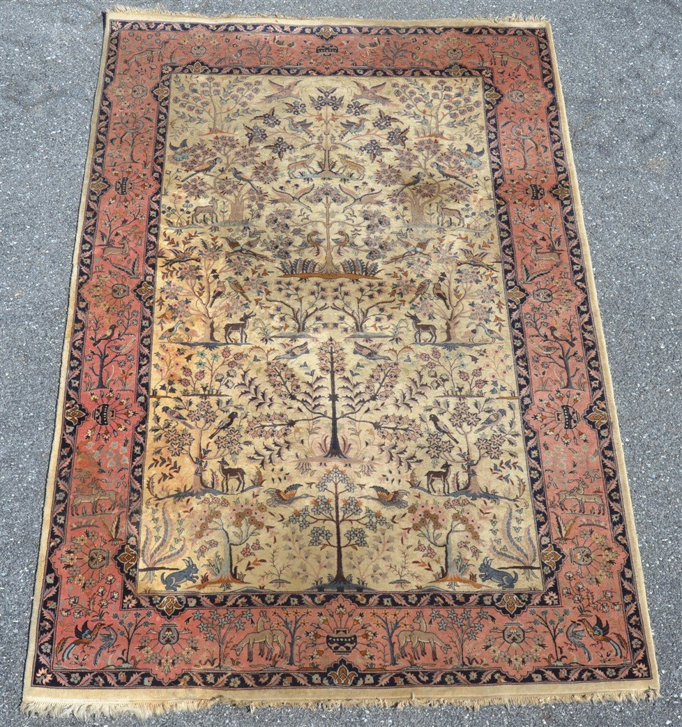 Modern Pictorial with Animals Oriental Area Rug.