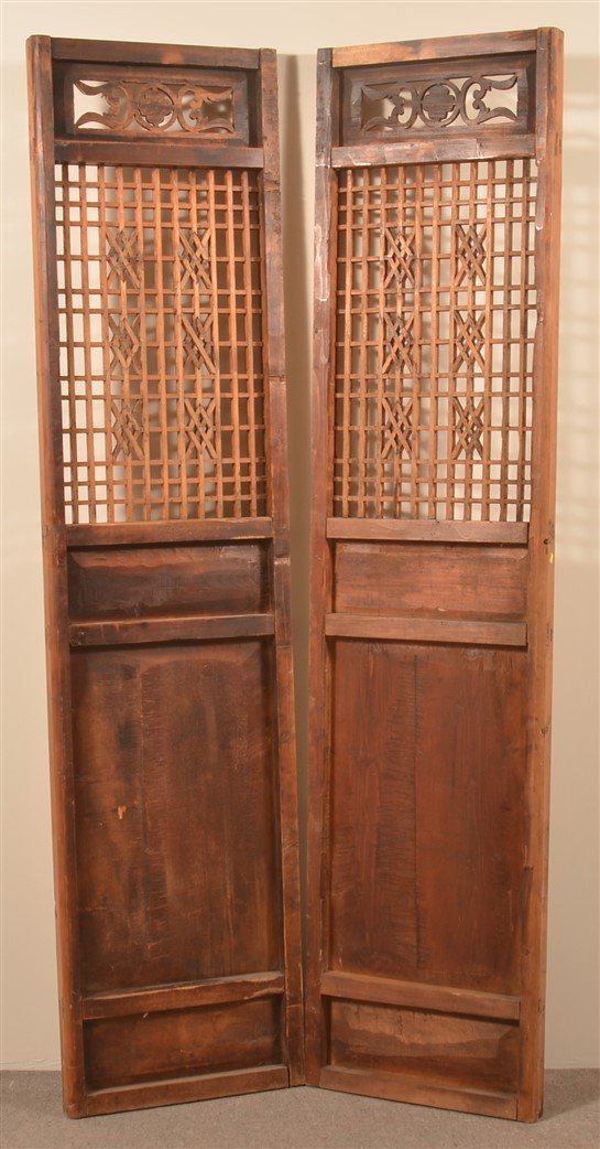 Pair of Antique Chinese Cypress Wood Doors. - 3