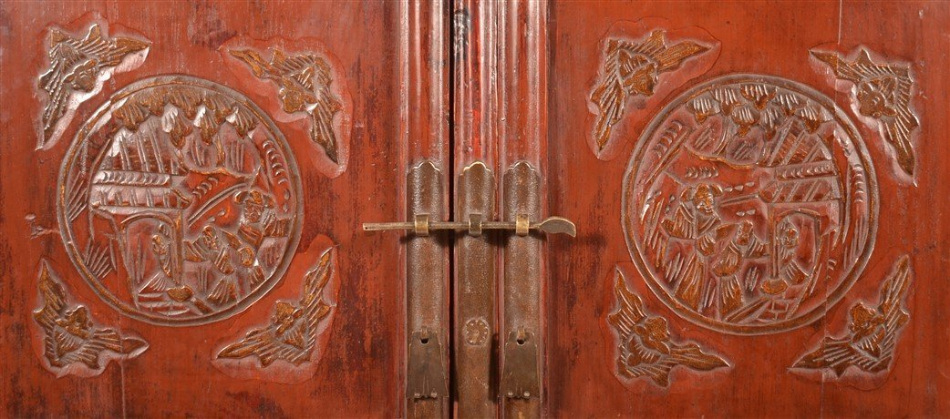 Chinese Lacquered and Carved Elmwood Cabinet. - 4