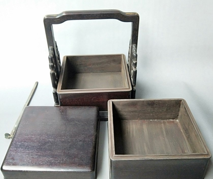 Fine Old Chinese Rosewood Food Container - 4