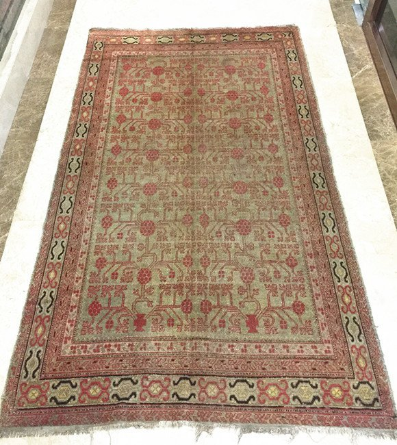 Antique Chinese Hand-Made Pure Wool Carpet