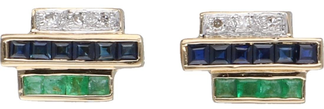 Ear studs yellow gold, with approx. 0.03 ct. diamond,