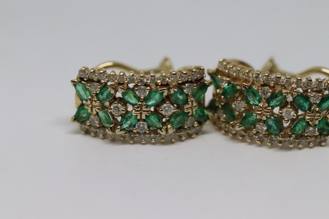 14Kt Diamond & Emerald Ring and Earrings - 2
