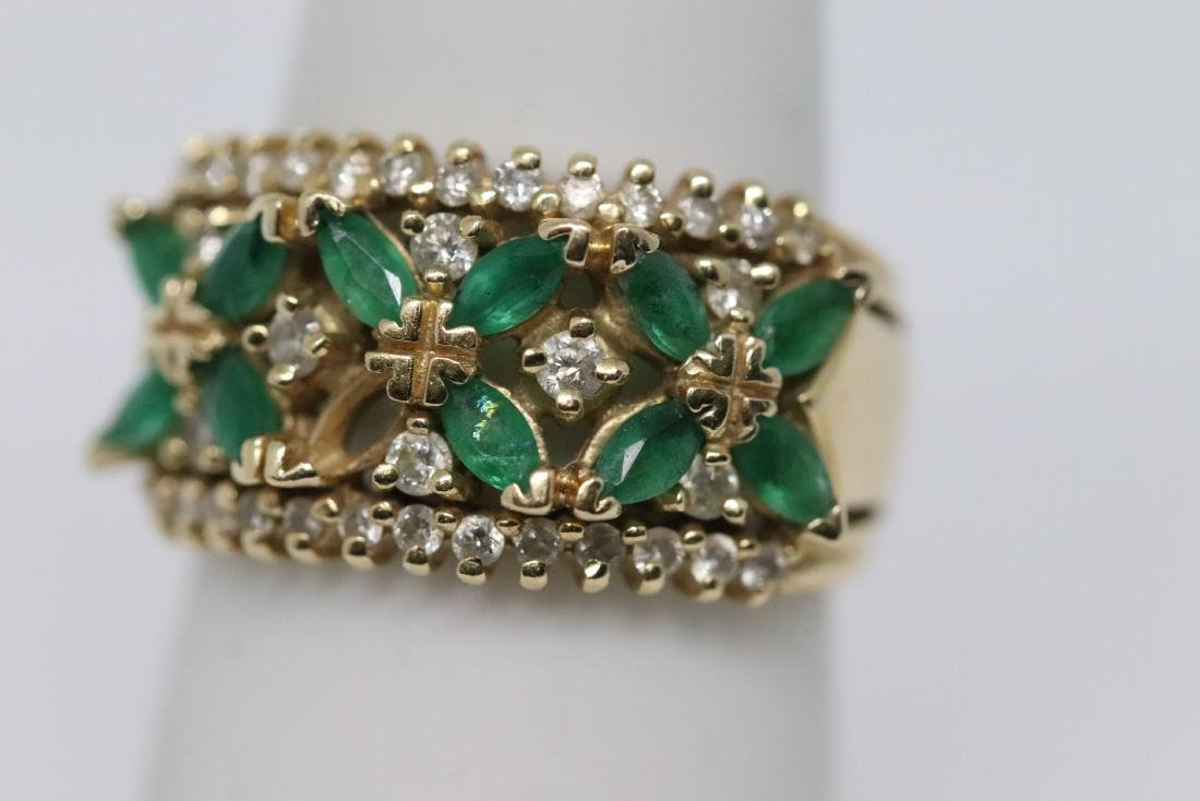 14Kt Diamond & Emerald Ring and Earrings - 4