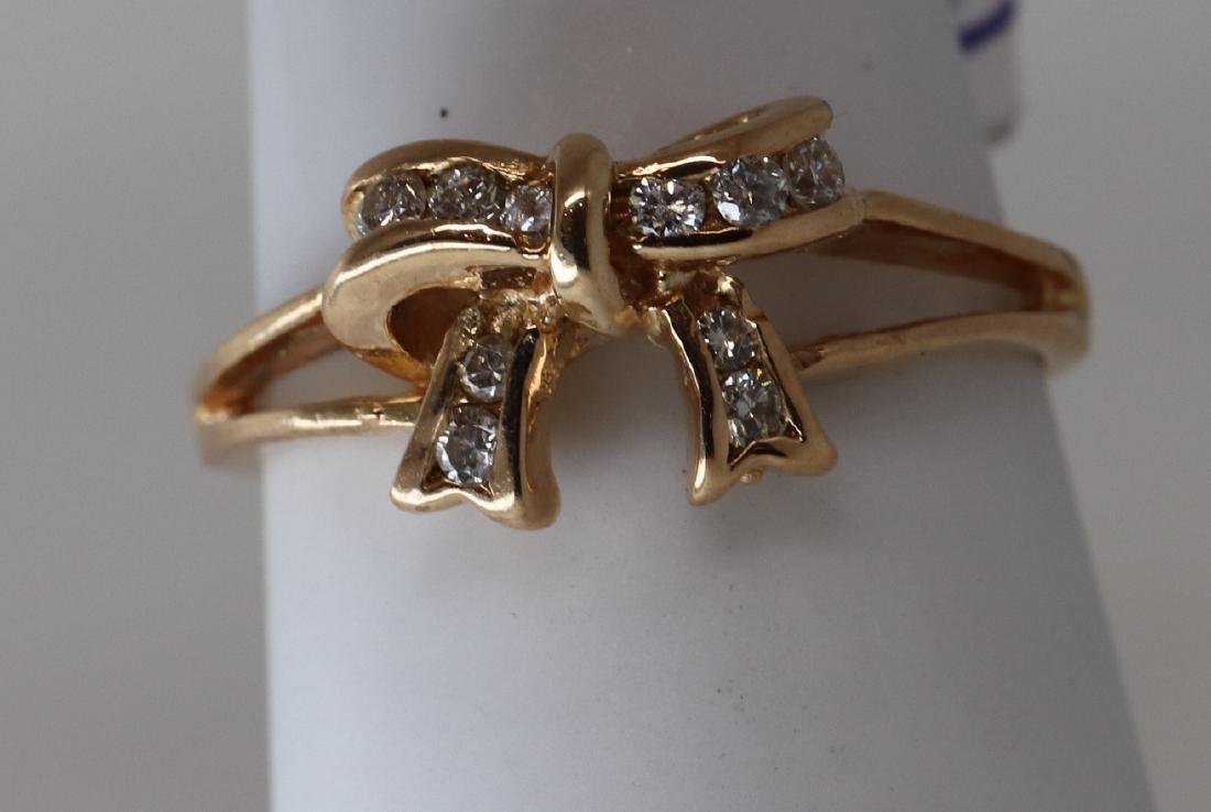 14k Bow Tie diamond ring