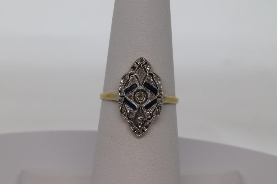 18Kt Art Deco Diamond & Sapphire Ring