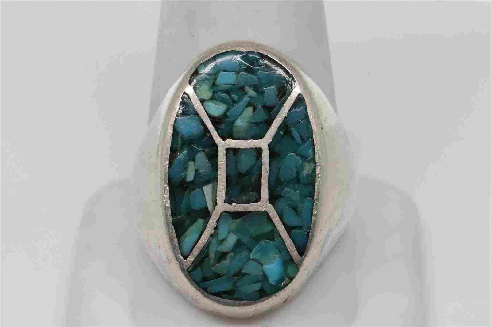 Ladies Silver Ring With a beautiful center stone