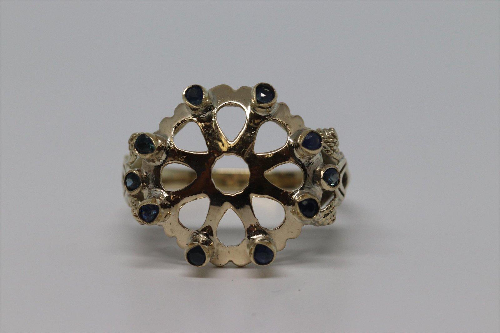 14k Sapphire Ring.