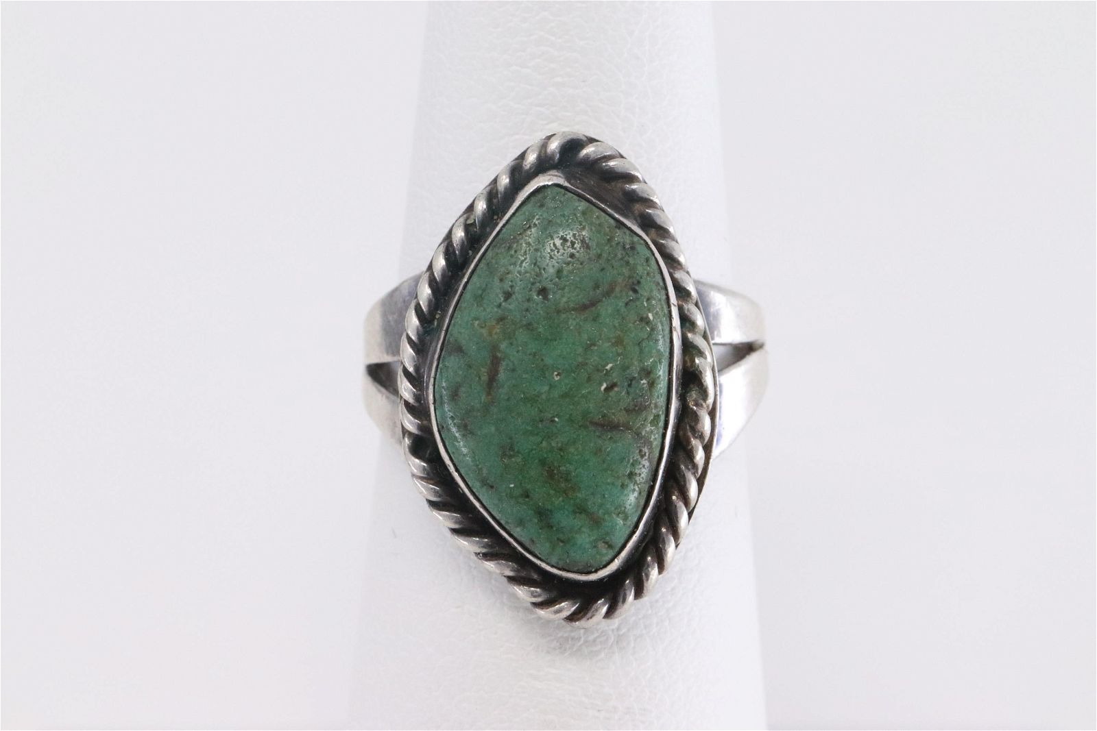 Ladies 925 Silver green turquoise Ring