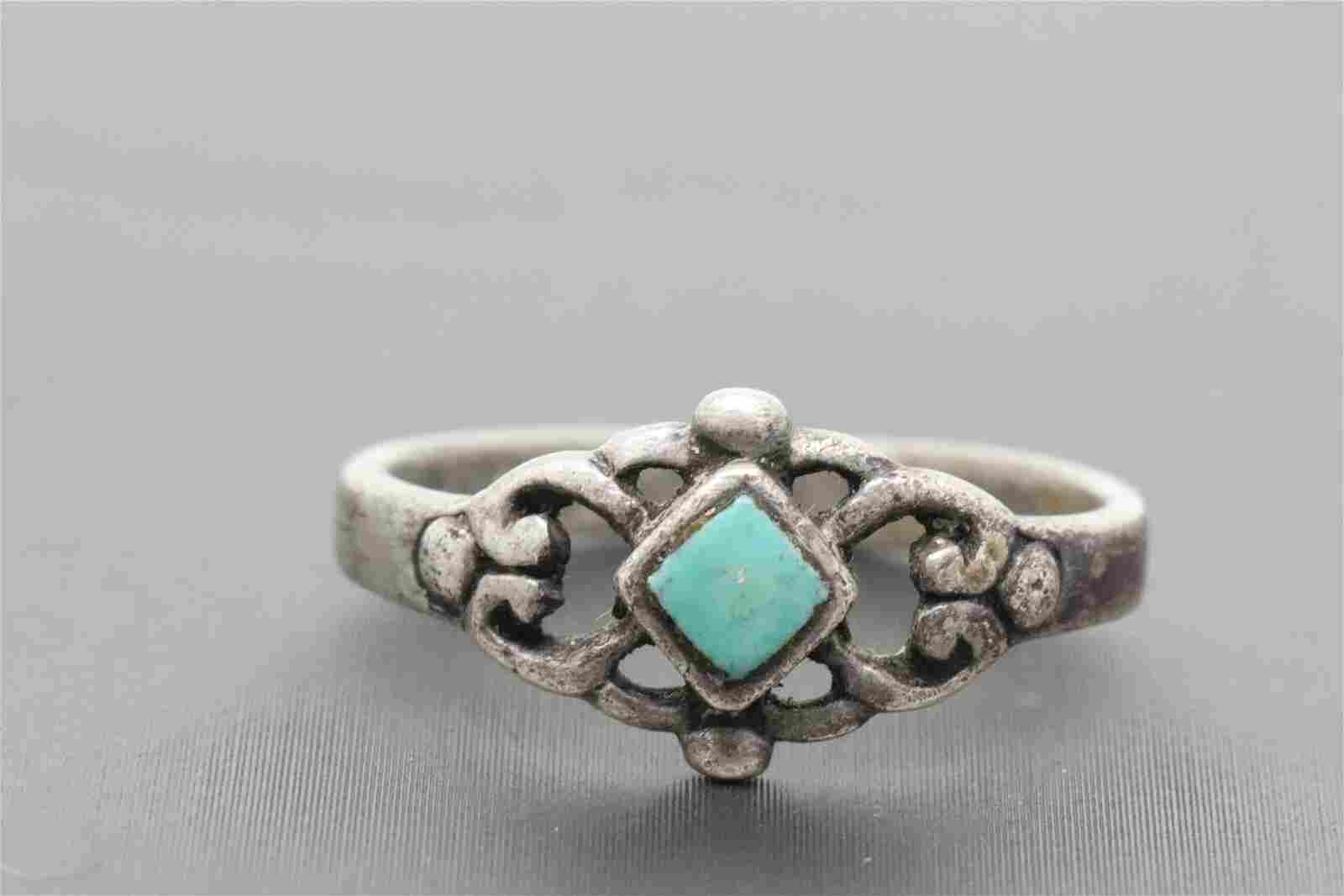 Ladies 925 Art Deco Design Ring