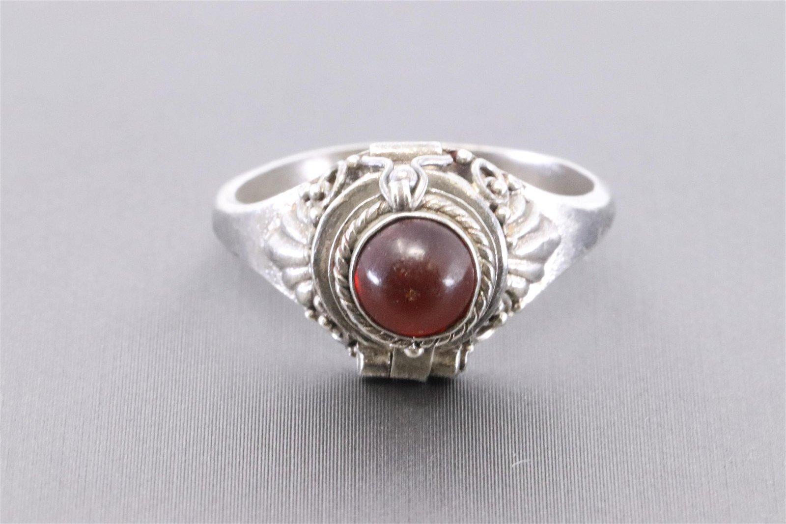 925 Silver Art Deco Design Ring.
