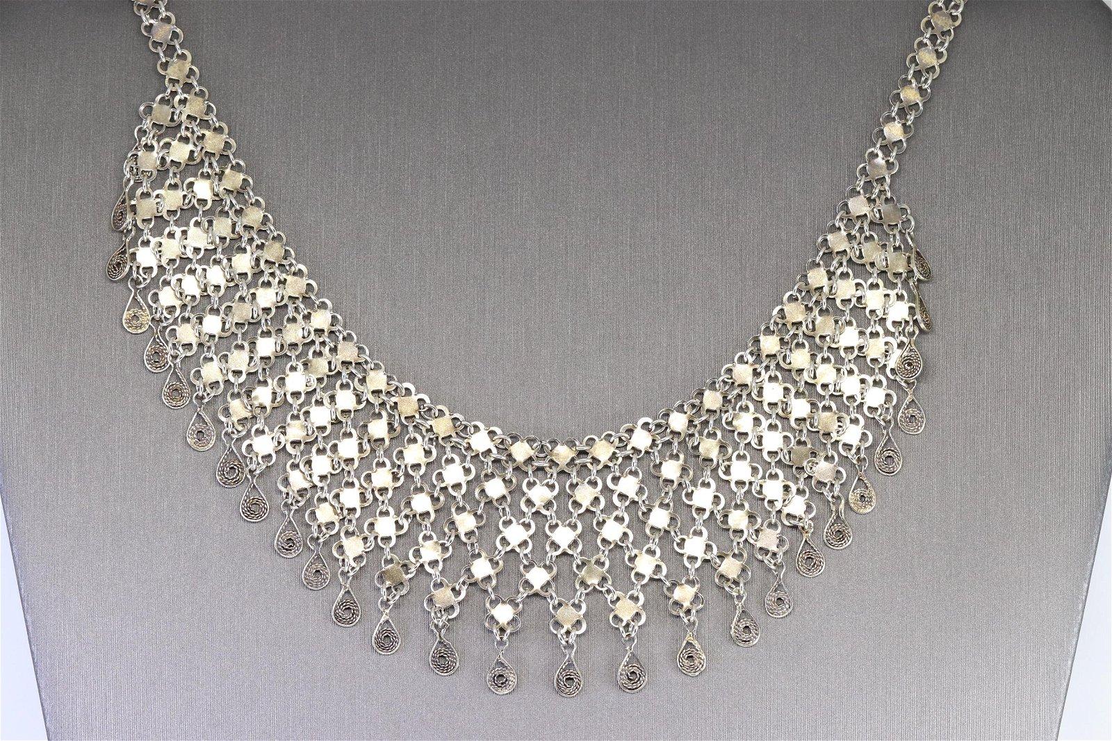 925 Silver Ladies Necklace.