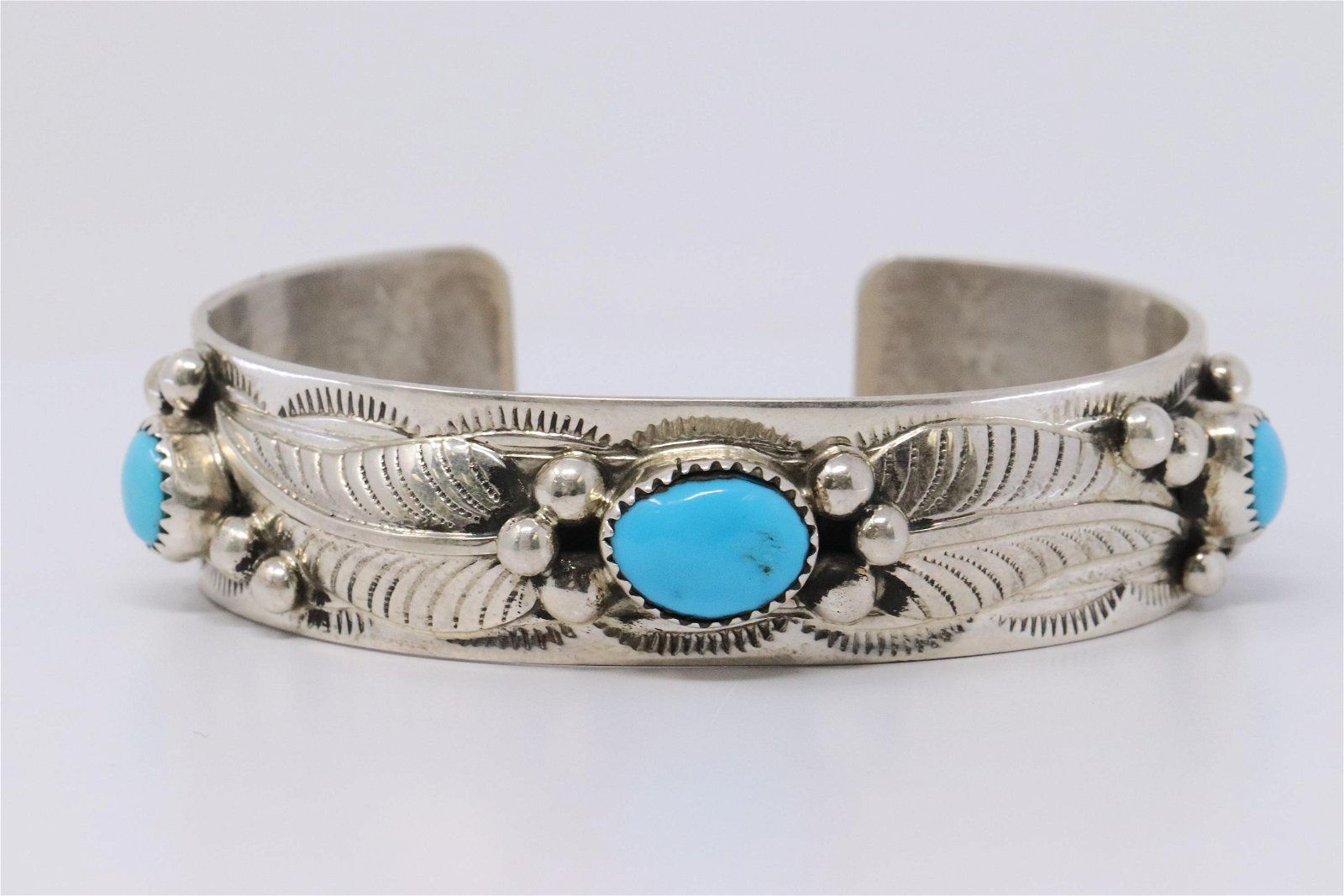 Navajo Indian Sterling Silver Turquoise Stone Bracelet