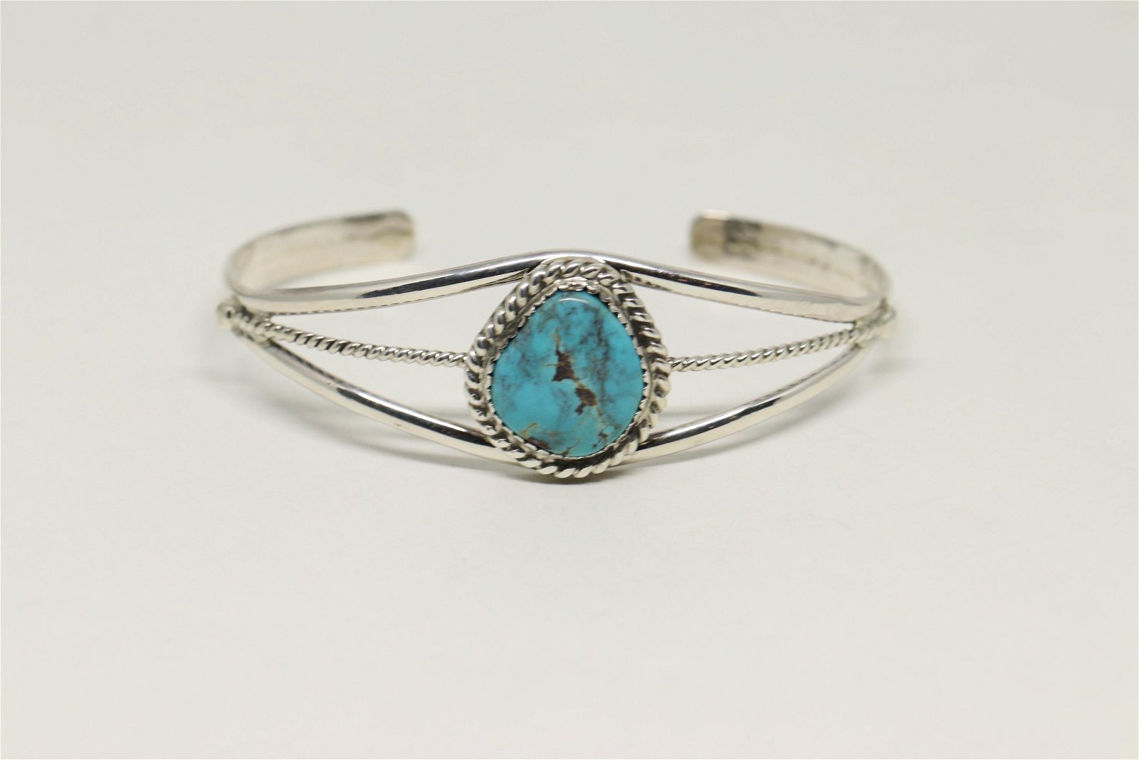 Native American Navajo Turquoise Bracelet By Lenore.