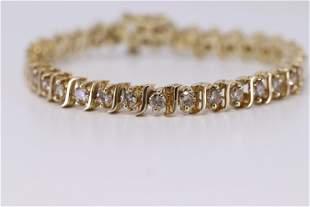 5.00ct Diamond 14kt Bracelet.