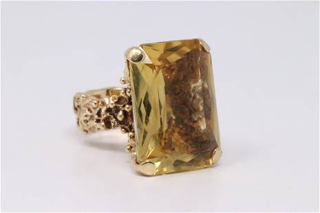 14Kt Yellow Gold Vintage Citrine Ring.