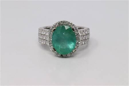 14Kt Emerald & Diamond Ring