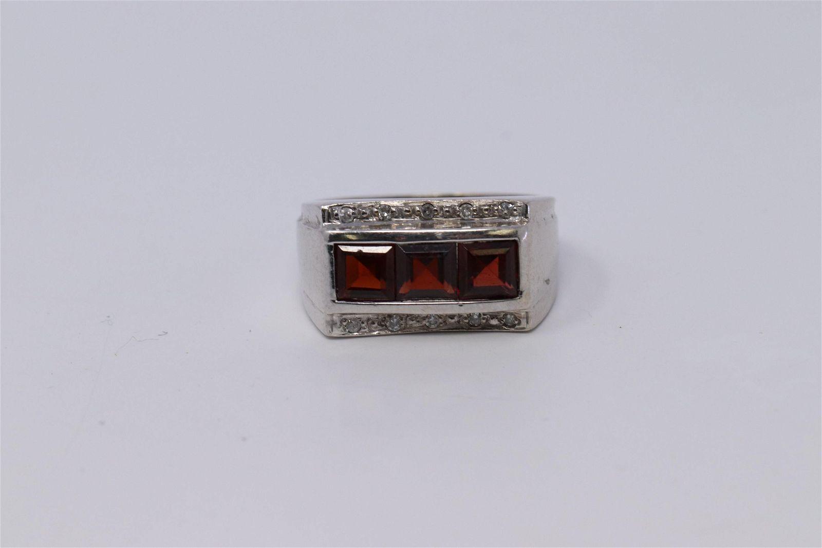14Kt Men's Diamond | Garnet Ring