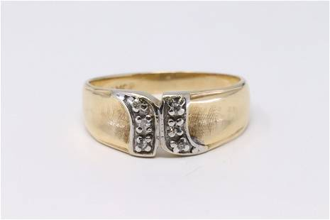 14KT Vintage Diamond Ring.