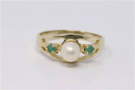 14Kt Pearl   Emerald Ring