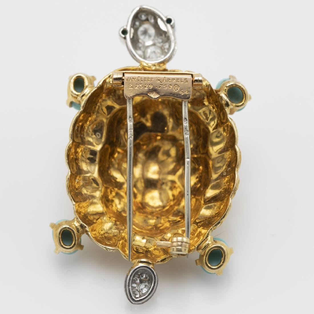 A Van Cleef & Arpels diamond, turquoise, 18k pin - 2