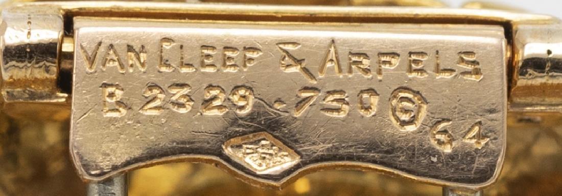 A Van Cleef & Arpels diamond, turquoise, 18k pin - 4